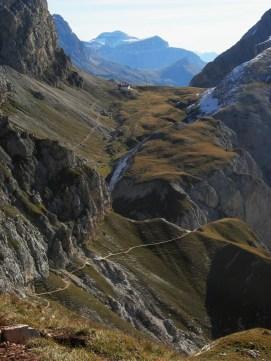Trail to Rifugio Tiersr Alpl Huttee